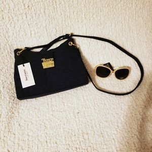 Cross strap purse
